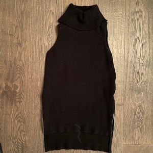 NWOT-Mendocino sleeveless turtleneck sweater